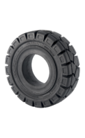 8.25-15  Globestar  GLOBE WIDE-TREAD STD